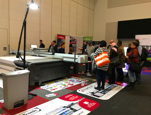 Sign-Tronic Demonstrates Nyala Flatbed Printer At Sign Africa Expo
